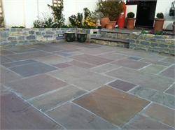 Autumn Blend Indian Flagstones in situ